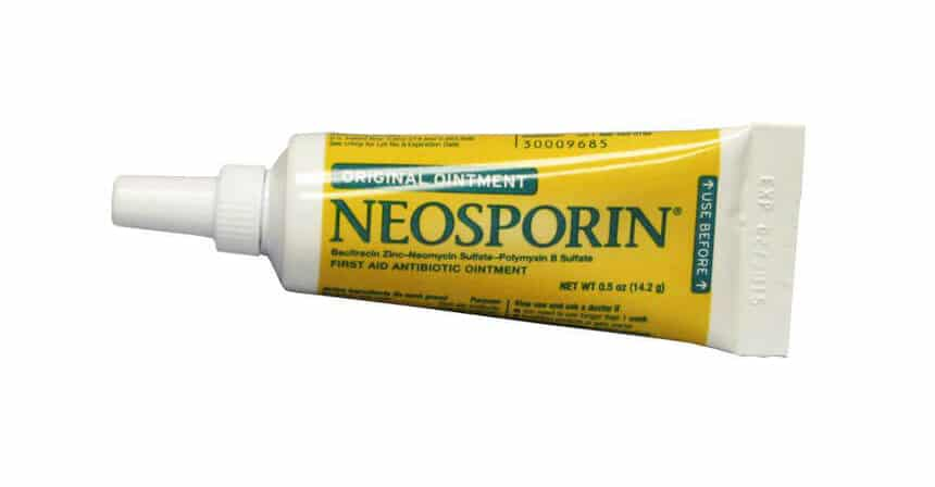 is neosporin or polysporin better for burns