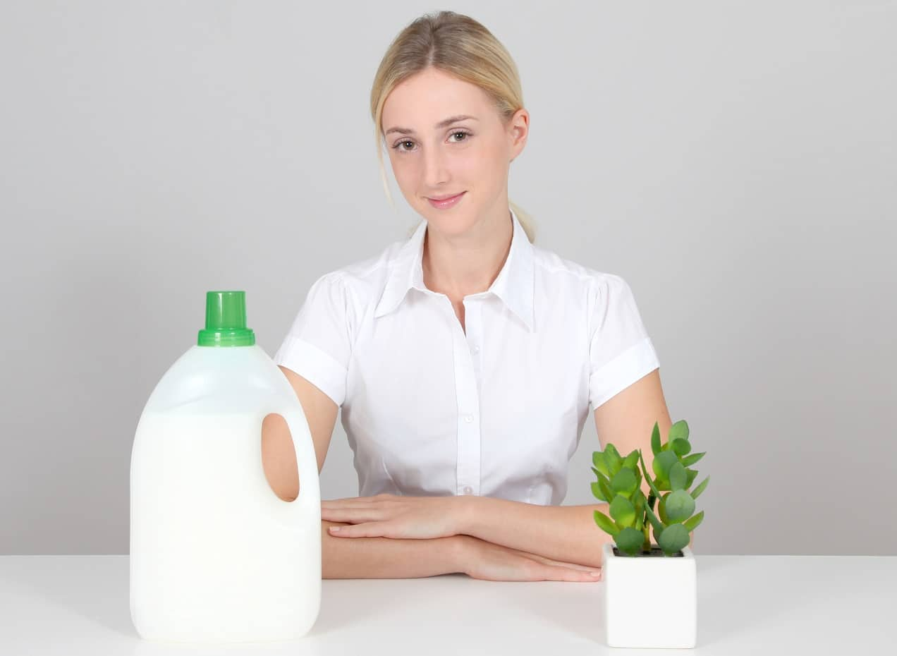 Best Natural Laundry Detergent for Washing Clothes 2020